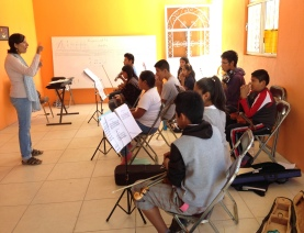 Margarita et sa classe de violon/alto