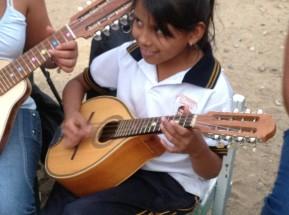 L a cadette du cours de mandoline